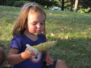 N eating corn